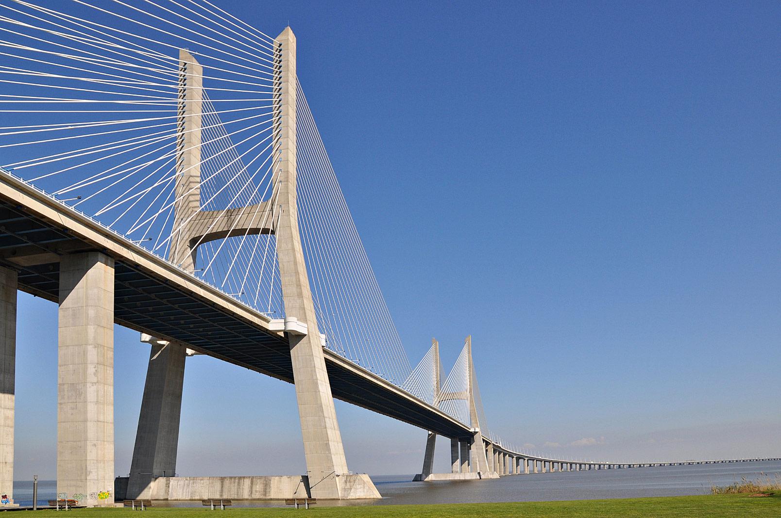 Ponte Vasco da Gama, Portugal - Yee Associates